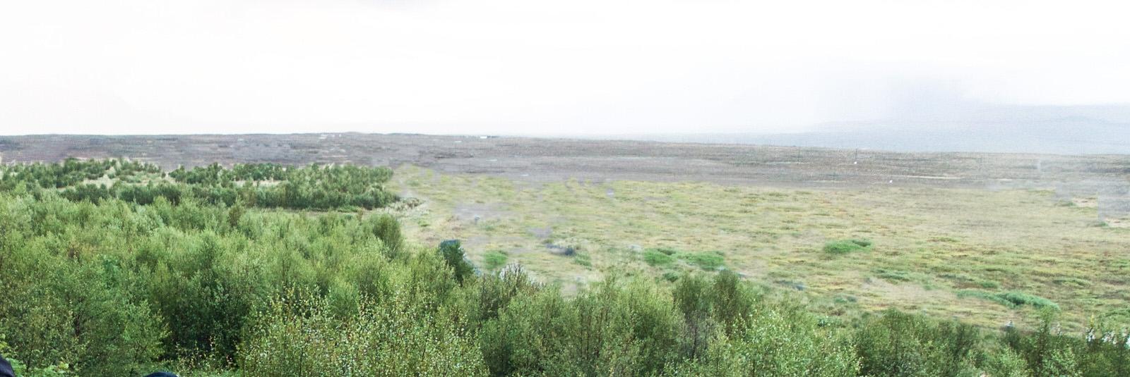 Så här kunde det ha sett ut i Sverige ett antal århundraden efter det att isen börjat dra sig tillbaka. Liknande miljöer kan man hitta på Island än idag.x